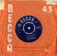 Brian Poole and The Tremeloes - Twist And Shout/We Know (F 11694)
